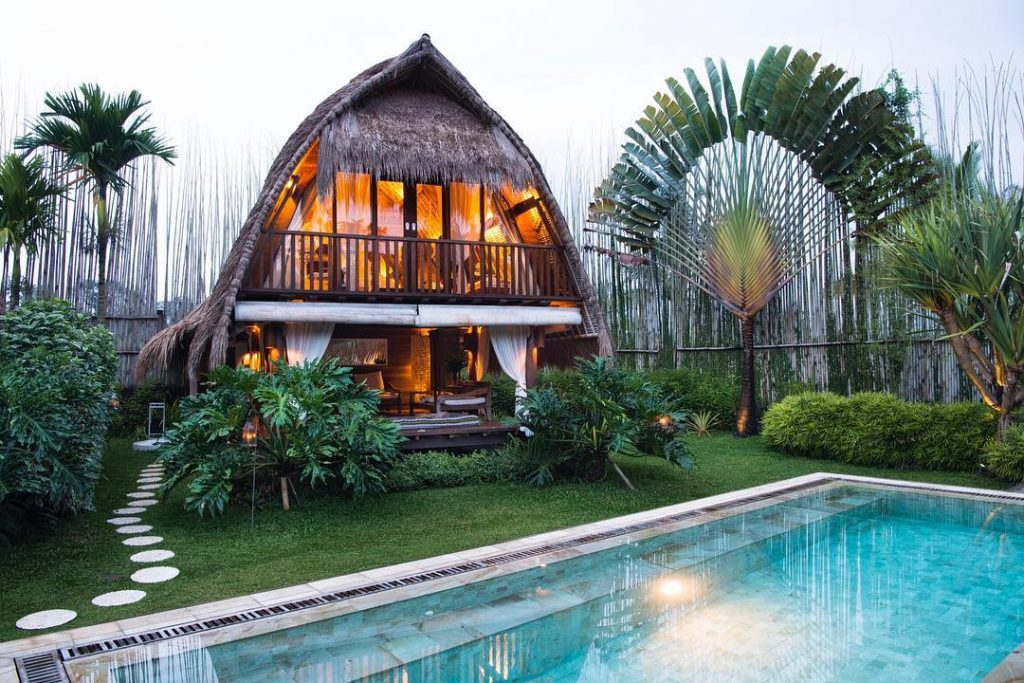 12 Unique and Best Places to stay in Ubud. Where to stay in Ubud Bali sandat glamping