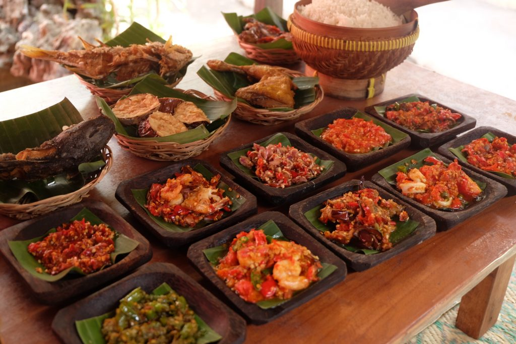 Bali Food Guide - 12 Best and Famous Local Food in Bali. Food dsambal