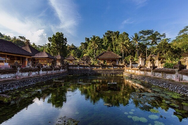 Tampaksiring Tirta Empul Entrance Fee. Holy Spring Temple Dress Code - Tampak Siring 3