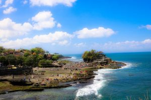 Tanah Lot Temple Entrance Fee. Tanah Lot Curse. How to get to Tanah Lot - tanah lot 2