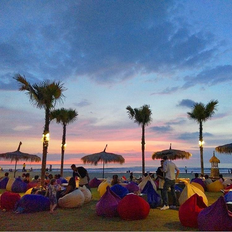 Top 12 things to do in Seminyak - Catch a sunset at Petitengget Beach