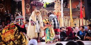 Ubud Kintamani Tour. Kintamani and Ubud Tour. Barong and Keris Dance Bali Indonesia