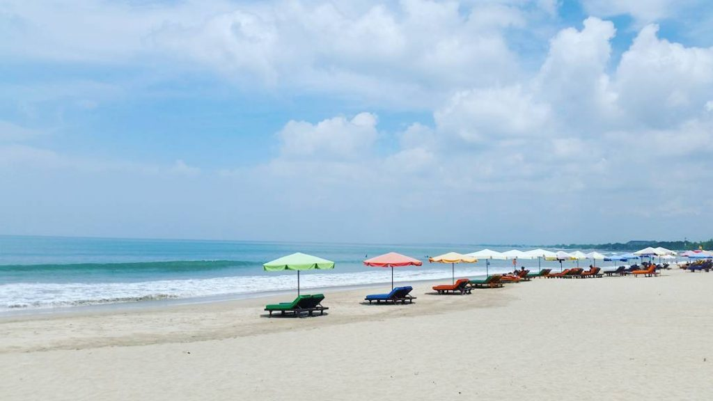 What to do in Kuta. Best Hotels in Kuta. Attractions & Restaurants in Kuta - kuta beach
