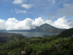 What to do in Kintamani. How to go from Ubud to Kintamani. Volcano Tour - mount batur