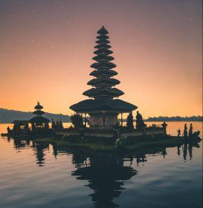 North Bali Tour 3D2N. Tour to Uluwatu, Lake Bratan & Tanah Lot